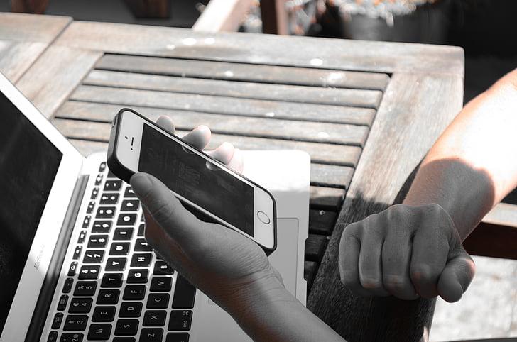 Как быстро передавать файлы между ПК, iPhone и iPad