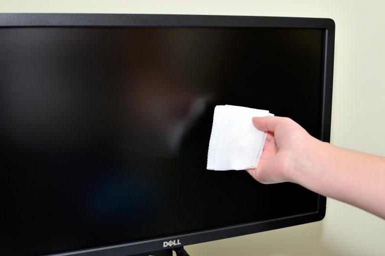 Как очистить экран ПК    Помощь и полезный совет