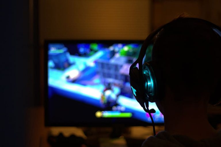 Как получить максимальную отдачу от игрового ПК с 4K-телевизором