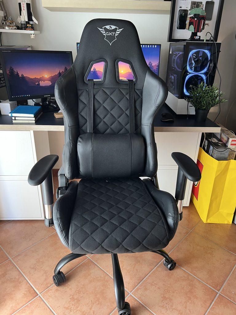 Обзор игрового кресла Trust GXT 707 Resto