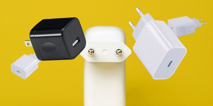 Смартфоны продаются без зарядных устройств: что за этим стоит?